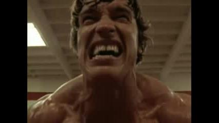 Arnold Schwarzenegger Тренира