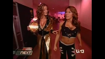 Candice And Mickie - Walking To The Ring