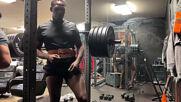Джон Джоунс качва сила за тежката категория