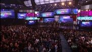 Usher печели награда за Soul / Rnb Male | American Music Awards 2012