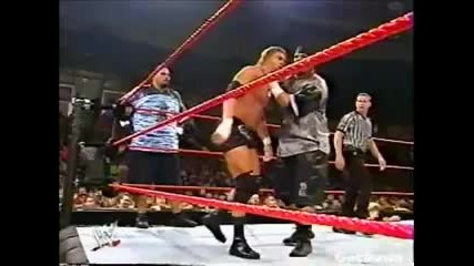 3 Minute Warning vs. Danny Denucci & Pat Qsik - Wwe Heat 01.12.2002