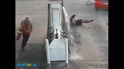 Най - Смотаните Крадци Заснети Някога