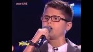10-годишно момче изпълнява Меркюри, из журито плачат