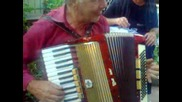 Самоукия музикант чичо Панчо