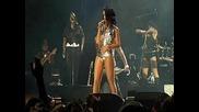 Rihanna Umbrella Pic