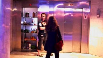 Шампионска лига в асансьора .. Смях с Remi Gaillard !