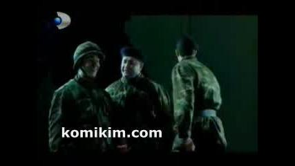 Hababam Sinifi - Cephanelikte Sigara Keyfi