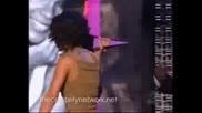 Rihanna Взима Своята Награда 10.02.2008