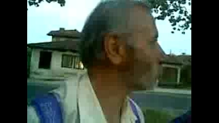 старец Пее Песмои Пред Младеща (2)