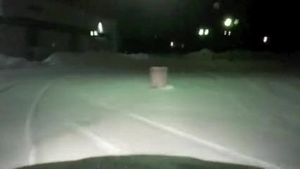 Bmw E36 M3 snow drifting