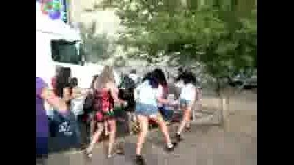 Justin Bieber Attacked Riding Segway - Glendale Az Ju 25, 2010! [www.keepvid.com]