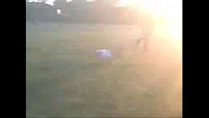 Как се играе футбол на село .. Много хубави кадри .. :)
