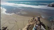 Андрес Амадор създава невероятни картини на плажа!