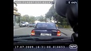 Как полицаите в Русия спират нарушителите ?