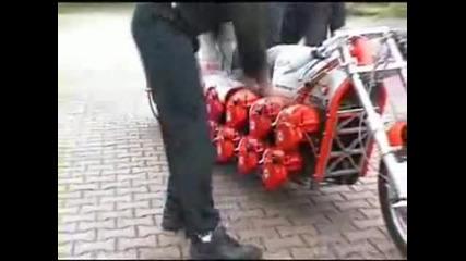 Мотор уникат с двигател от резачки за дърва
