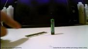 Как да запалим огън с хартия от дъвка и батерия
