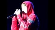 Джъстин Бийбър спира концерта за безопасността на феновете си - That Should Be Me (maryland 5 sept.)