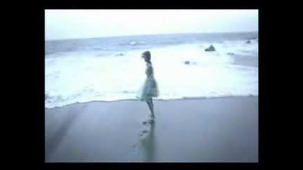 Trish Thuy Trang - Lovely