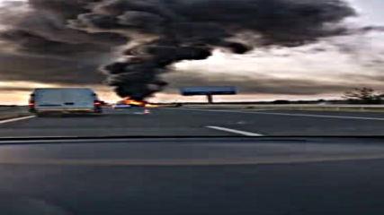 """Ремарке на тир се запали на магистрала """"Тракия"""""""