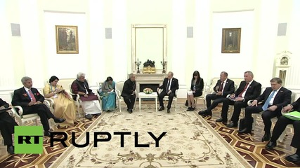 Russia: Indian President Mukherjee congratulates Russia on V-Day anniversary