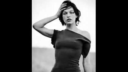 Milla Jovovich - Picture