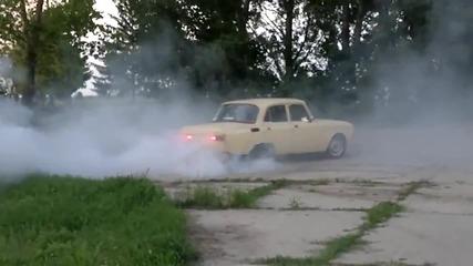 Дрифт с Москвич V8 3500 ccm