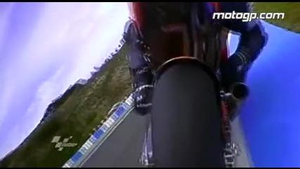 Екстремни кадри от състезанието в Jerez Motogp 2010