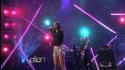 Н О В О !! Селена Гомез изпълнява Love You Like a Love song .. / в Елън шоуто /