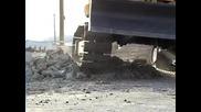 Гумени вериги и гуми за всички видове товарачи и мини багери