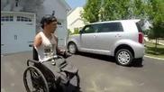 Ето как и инвалидите могат да карат кола :)