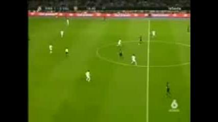 атака и гол на Ван Нистелрой