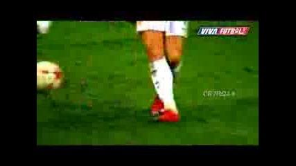 New Skills Battle 2009 Cristiano Ronaldo Vs Lionel Messi Vs Ricardo Quaresma Vs Rest