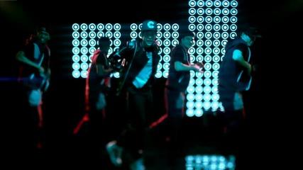 За първи път в сайта ! Austin Mahone ft. Flo Rida - Say You're Just A Friend ( Официално видео )