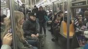 Вентрилоквист сваля момичета в метрото !