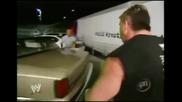 Кечист показва как се чупи кола