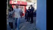 """Плътен кордон от полицаи пази """"атака"""""""
