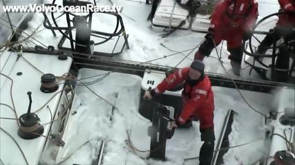 Силата на Атлантика, изпитана от участниците във Volvo Ocean Race