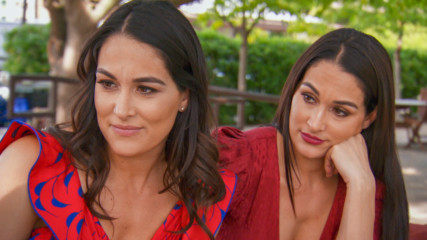 Nikki Bella can't slow down: Total Bellas Preview Clip, Season 4 Finale