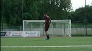 Футболисти танцуват бибои
