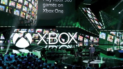 Microsoft Touts HoloLens, Backward Compatibility of Xbox One