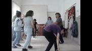 Народните танци, най -добрата аеробика!