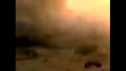 Метеорит се удря в пустинята