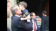 Патриарх Максим благослови децата на загинали полицаи