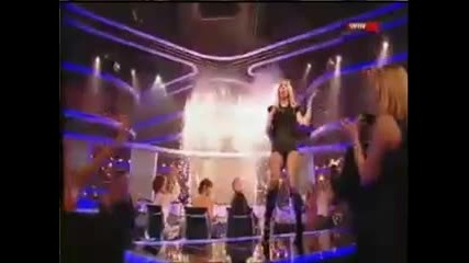 Britney Spears - Womanizer X Factor + Интро