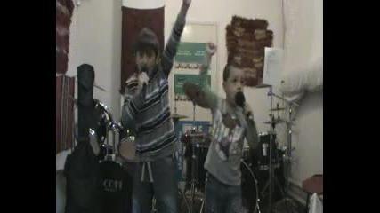 Алекс и Нико Disturbed Liberate cover