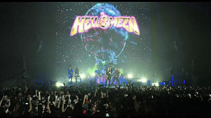 Helloween Future World (official Live Clip)