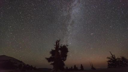 Perseid Meteor Shower - Timelapse !