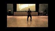Изумителен Dubstep танцьор