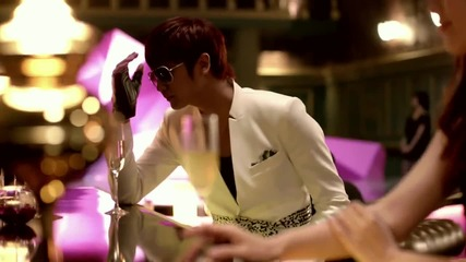 Heo Young Saeng (ss501) Ft. Hyunah - Let it go (official music video) (високо качество)