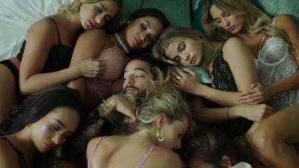 Уникална! Maluma - Mala Mia Official Video 2018 + Превод!